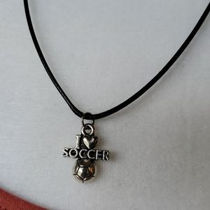 ⚽️ SOCCER NECKLACE ⚽️